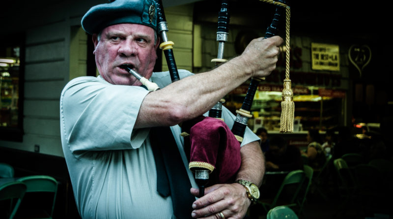 Picture of male bagpiper
